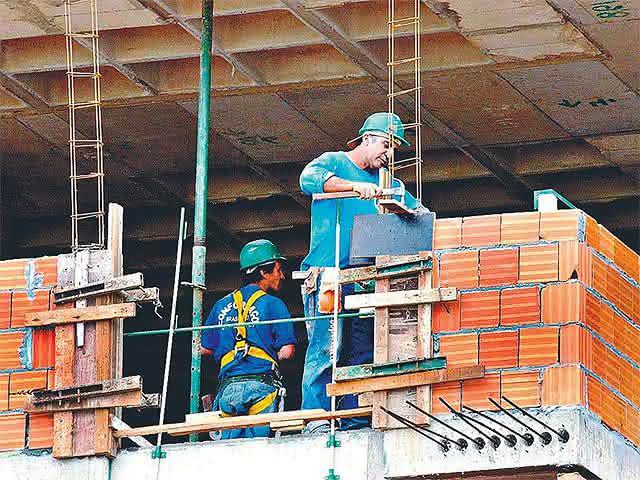 pedreiro construção civil