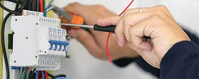 eletricista profissão